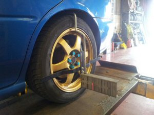 Subaru Impreza four wheel alignment service